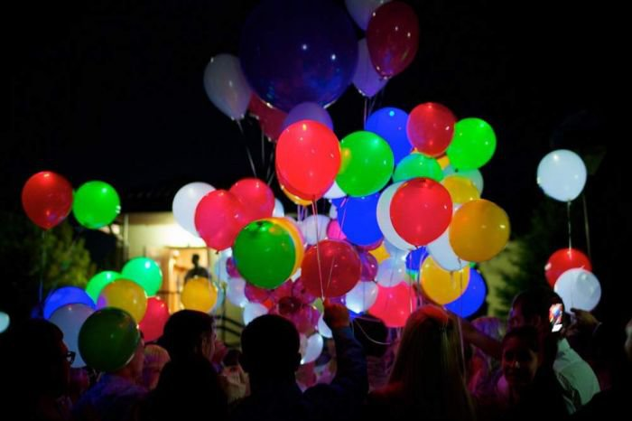 светящиеся шары в Нижнем Новгороде, светодиодные шары купить, воздушные шары со светодиодами Нижний новгород, светящиеся шарики, светодиодные шарики, светящиеся шары купить, светящиеся воздушные шары, светящие шары, светодиодные шары нижний новгород